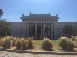 Entrance to Recoletta cemetery