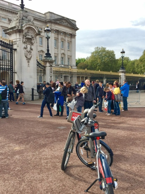 We cycled to Buckingham Palace