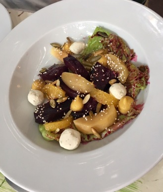 Beetroot salad with Goats cheese